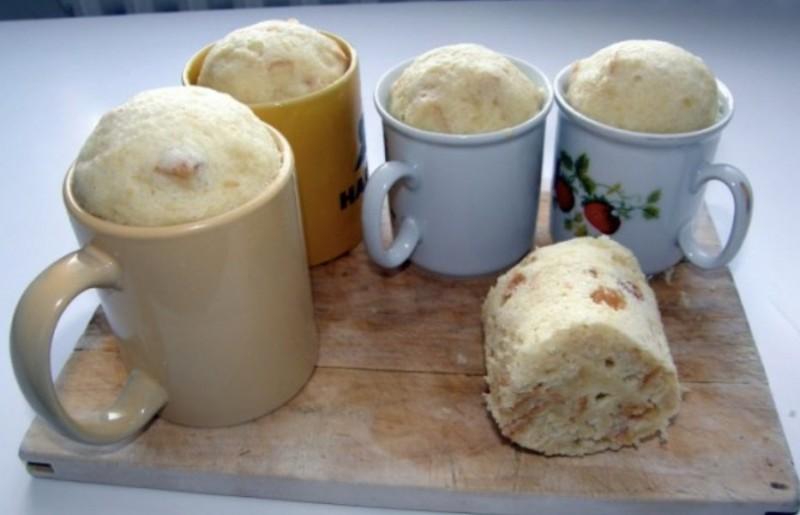 Výborné hrníčkové knedlíky ze staršího pečiva s rychlou přípravou recept