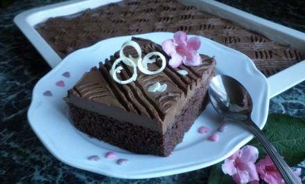 Rýchle kefírové rezy s čokoládou a rumom