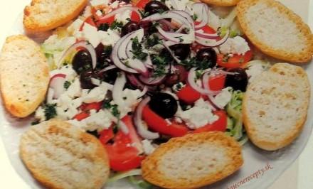 Grécke snenie – zdravý šalát zo stredomorskej diéty