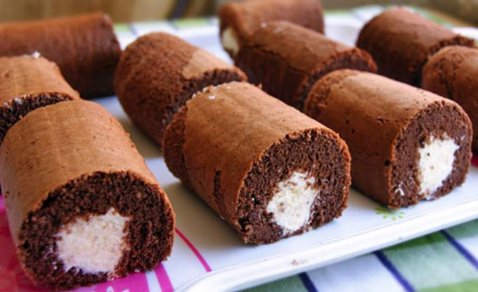 Kakaové dortíky s tvarohovým krémem