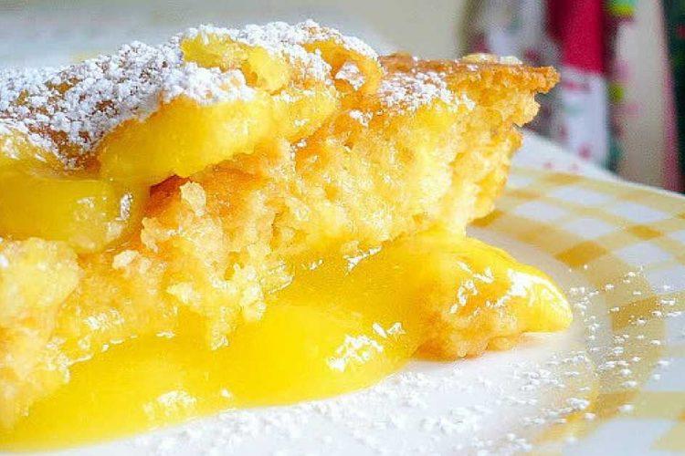 Jemný citrónový dort s pudinkem