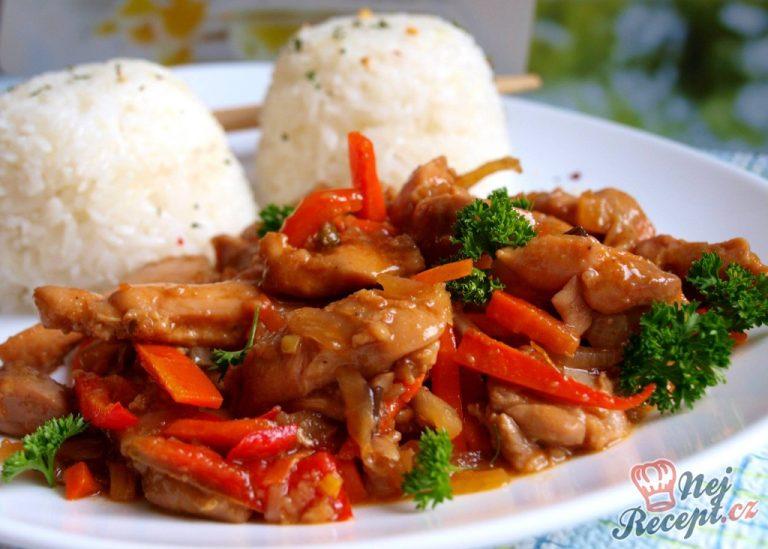 Marinované kuřecí nudličky se zeleninou
