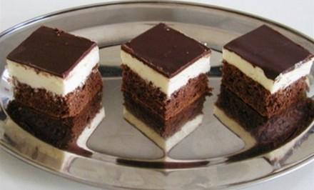 Čokoládovo-tvarohové rezy ktoré sú zamilujete.