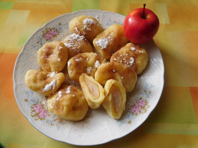 Tvarohové knedlíky s jablky