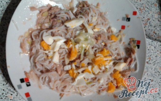 Bezlepkové rýžové nudle s tuňákem