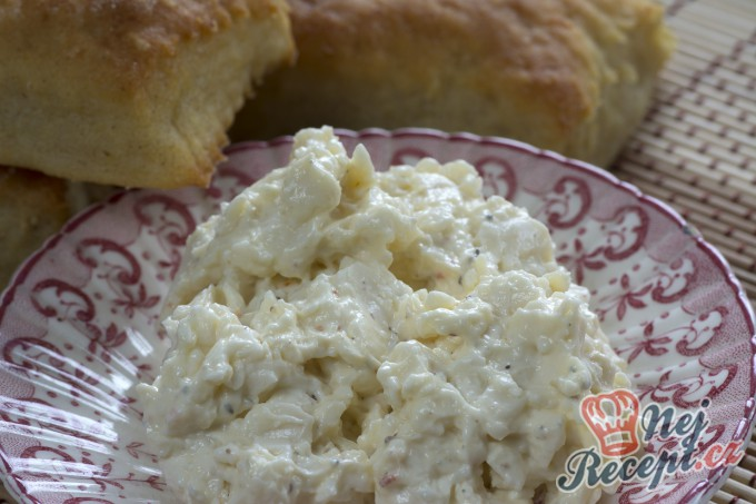 Vynikající sýrová pomazánka s česnekem