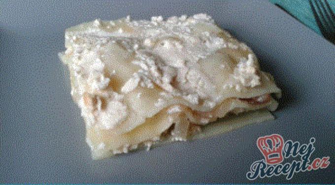 Lasagne s jogurtovým tvarohem a hruškami