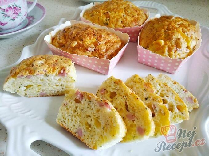 MINUTKA – Sýrové buchtičky se šunkou