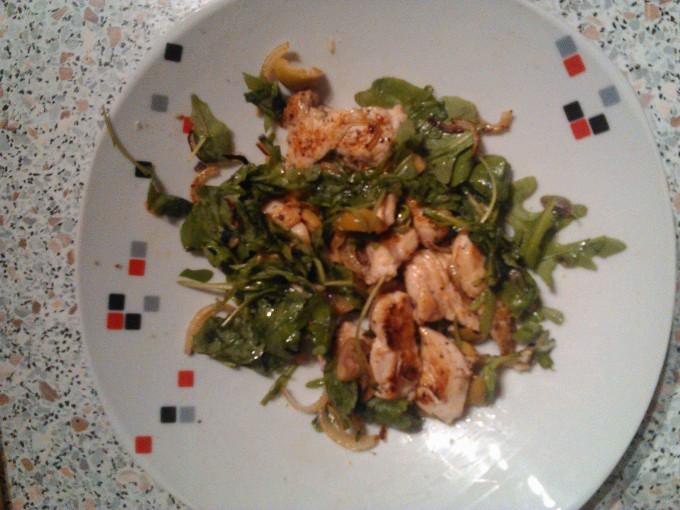 Teplý kuřecí salát s tymiánem