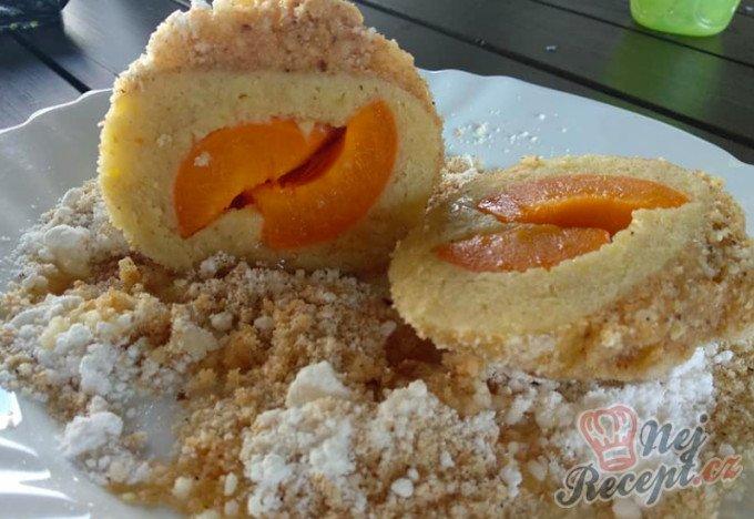Bramborové mega koule plněné meruňkami