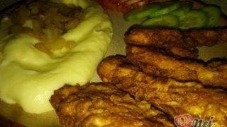 Chicken strips s bramborovou kaší