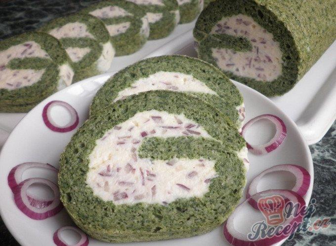 Špenátová roláda s krémem z taveného sýra