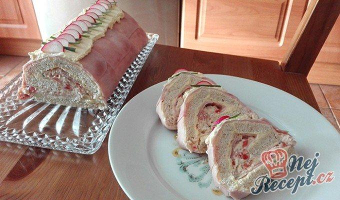 Toastová roláda se šunkou