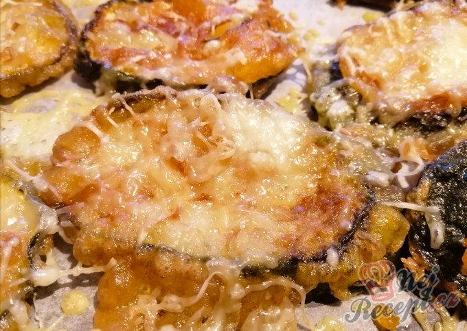 Smažená cuketa v sýrovém těstíčku