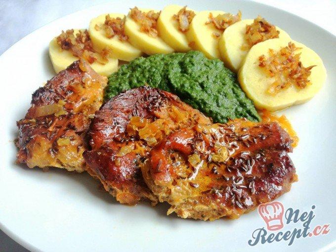 Vepřová pečeně s br. knedlíčkem a špenátkem