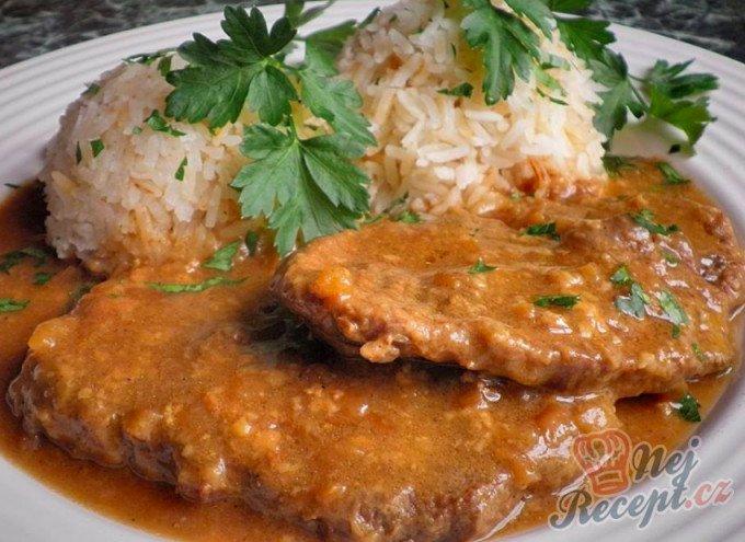 Hovězí plec na hořčici s jasmínovou rýží