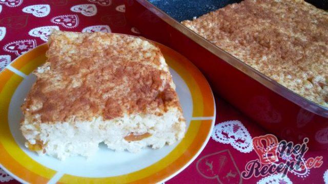 Rýžový nákyp s meruňkami a tvarohem