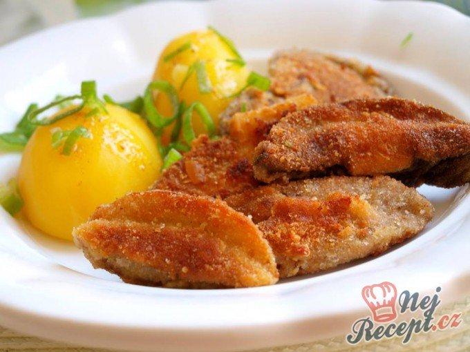 Smažené hříbky s bramborem