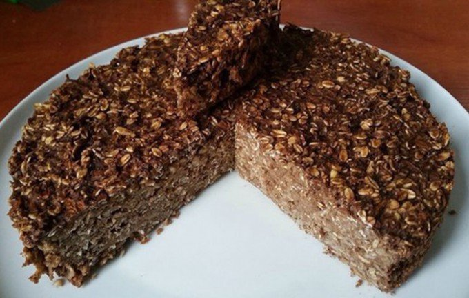 FITNESS dort s ovesnými vločkami bez cukru a mouky