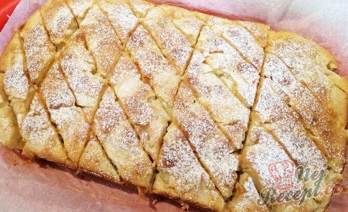 Jablečný vichr – jemný a chutný koláč z hrnečku