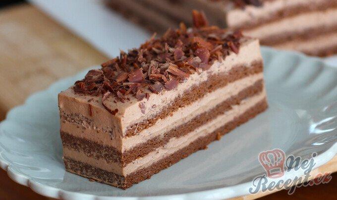 Bombastický čokoládový dezert bez mouky, který se doslova rozplývá na jazyku