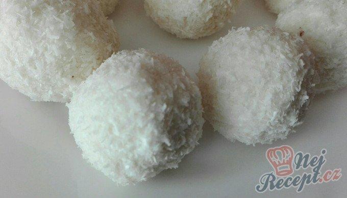 FITNESS RAFAELO kuličky bez mouky a cukru