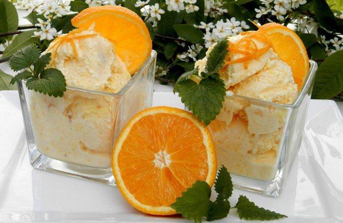 Domácí pomerančová zmrzlina